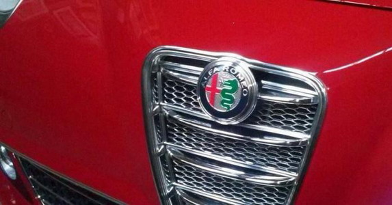 2016 - [Alfa Romeo] MiTo restylée - Page 2 137007-alfa%20mito%2011