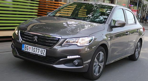 Peugeot 301 HDi 100 Allure