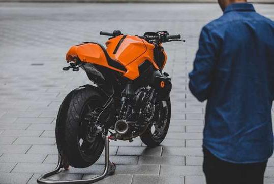 McLaren Orange Yamaha MT-10