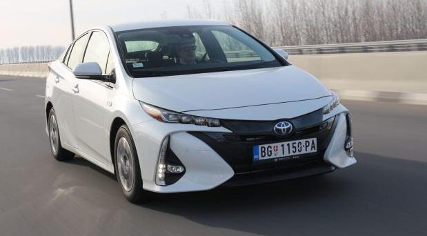 Toyota Prius Plug-In Hybrid Sol