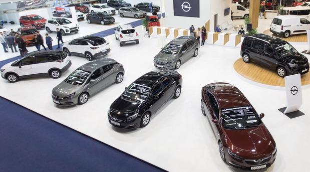 Opel štand