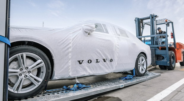 Volvo transport