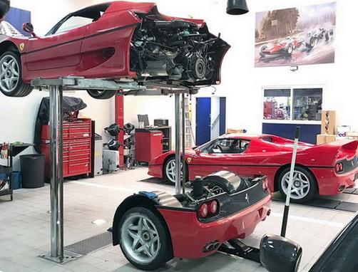 Zamena kvačila na Ferrariju F50