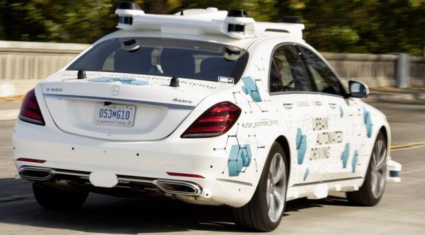 Mercedes-Benz i Bosch autonomna S klasa