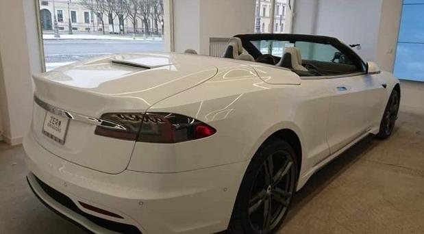 Tesla Model S Cabrio