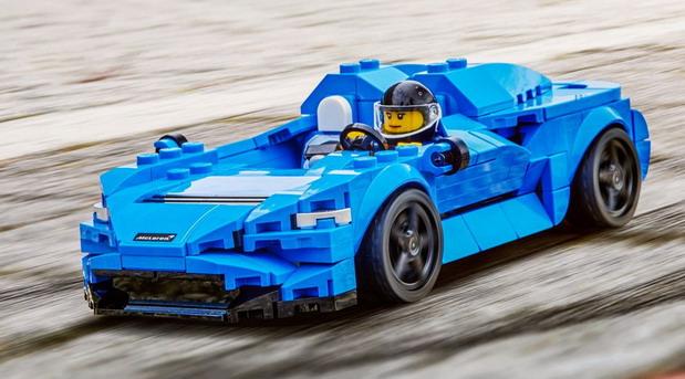 LEGO McLaren Elva
