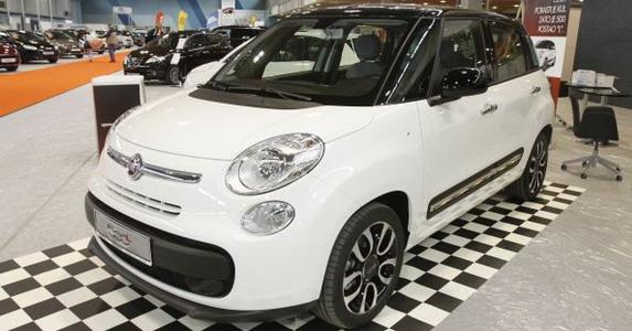 88552-Fiat%20500L%20NS.jpg