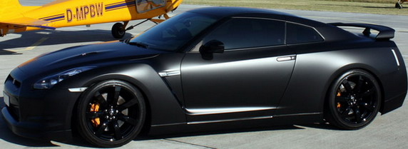 AVUS-Batmobile-Nissan-GT-R-5.jpg