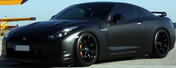 AVUS-Batmobile-Nissan-GT-R-8.jpg