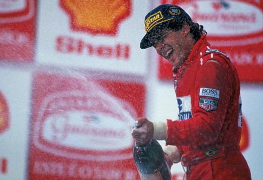 Ayrton_Senna_victory%20%281%29.jpg