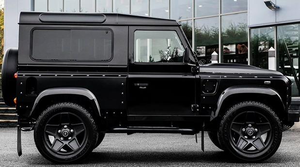 Chelsea Truck Company Defender 90 End Edition