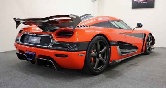 Koenigsegg-Agera%20111.jpg