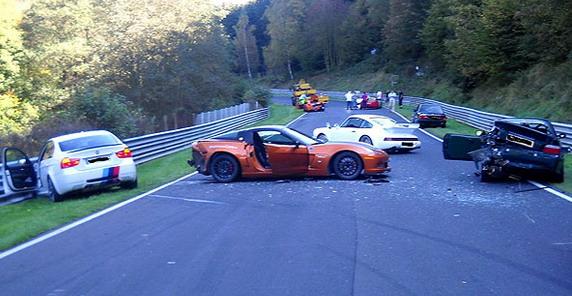Nurburgring%20sudar.jpg