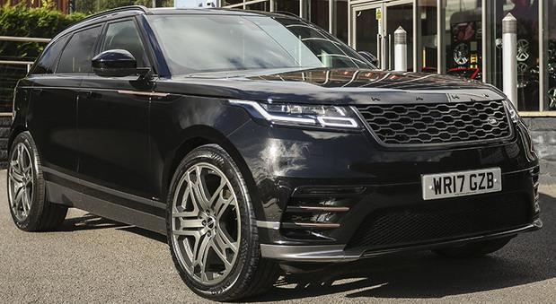 Range Rover Velar 2.0 D240 R-Dynamic S – Signature edition