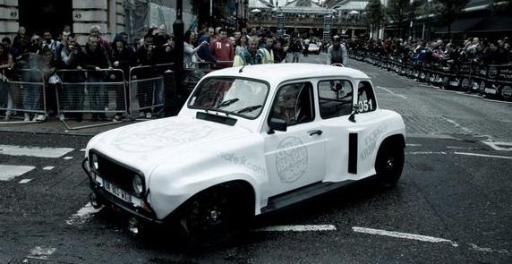 Renault%204L3000%2011111.jpg