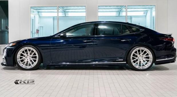 Artisan Spirits Lexus LS500h