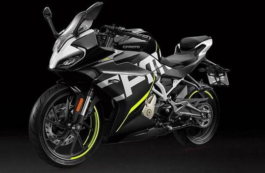 CF Moto 300SR supersport
