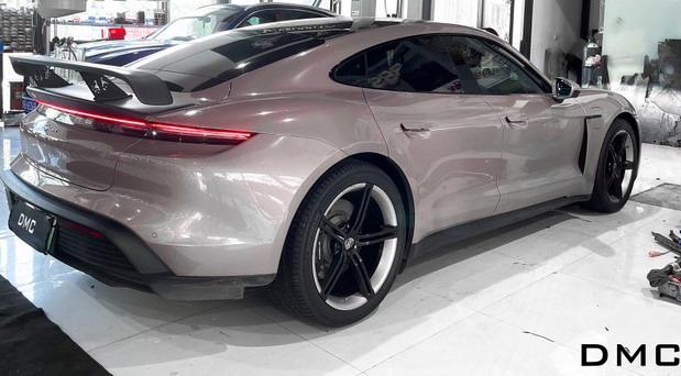 """Porsche Taycan """"Extrem"""""""