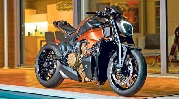 Ducati Panigale V4 streetfighter