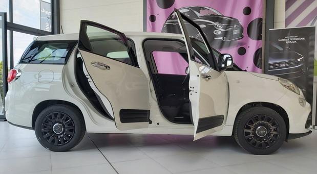Fiat 500L Wagon sa TNG