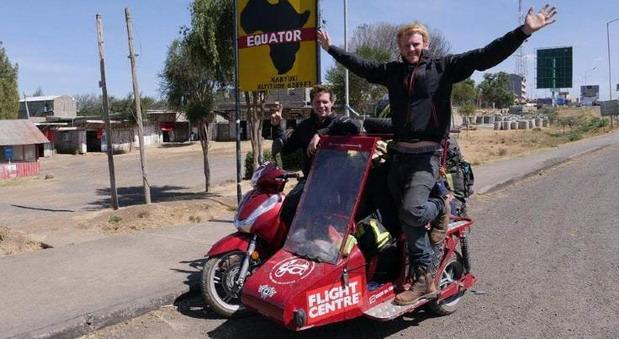 Na Honda skuteru oko sveta