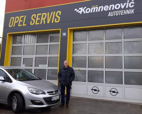 Opel Komnenović