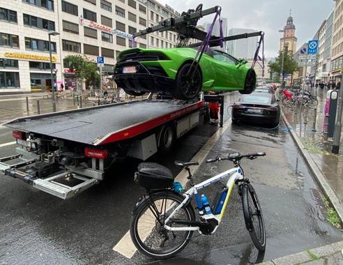 Lamborghini pauk