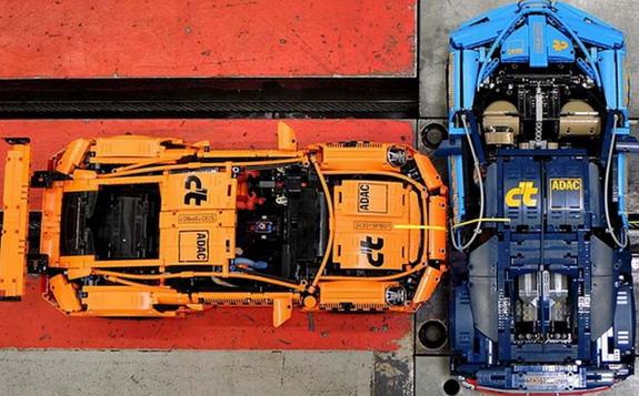 Lego crash test