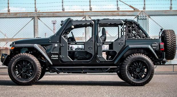 Liberty Walk Jeep Wrangler