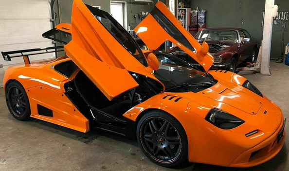 Replika McLarena F1