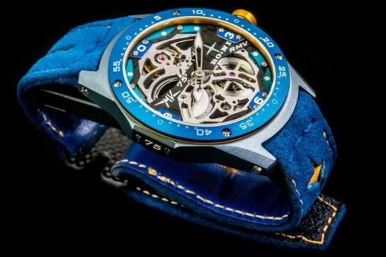 MV Agusta kreirala sat za svoj 75. rođendan