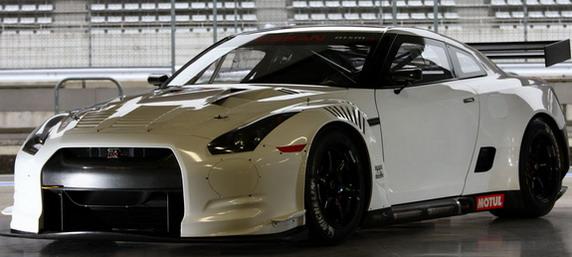 nissan-gt-r-gt1-race-car_100304083_l.jpg