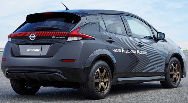 Nissan Leaf sa dva elektromotora