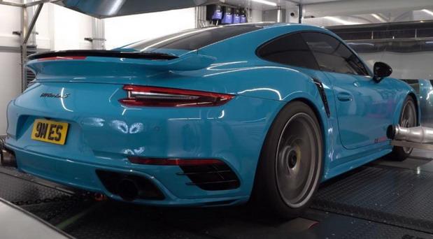 ES Motors Porsche 911 Turbo S