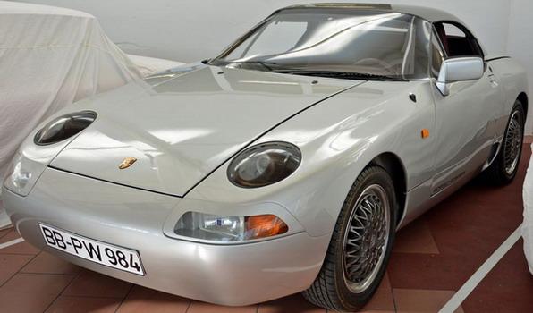 Porsche 984
