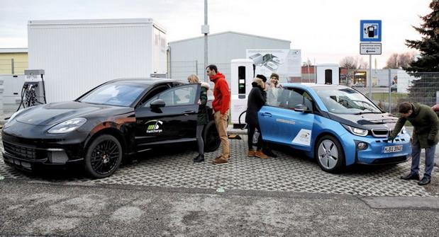 BMW i3 Porsche Taycan