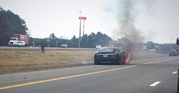 Tesla požar