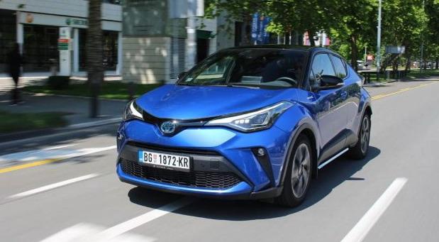 Toyota C-HR 2,0 Hybrid Dynamic Force C-LUB