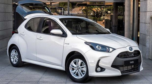 Toyota Yaris Hybrid ECOVan