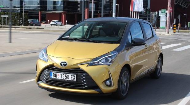 Toyota Yaris 1,5 Dual VVT-iE Bi-Tone