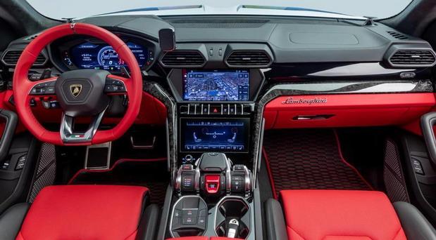 1016 Industries Lamborghini Urus