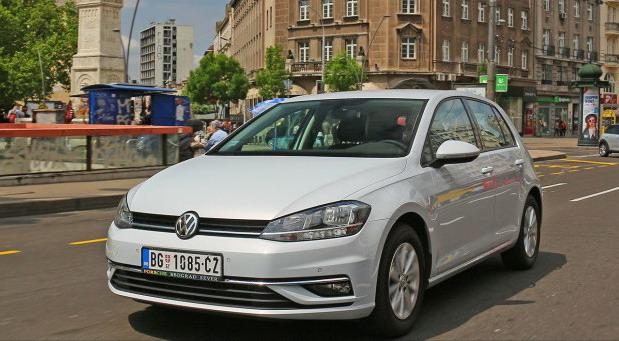 Volkswagen Golf 1,0 TSI