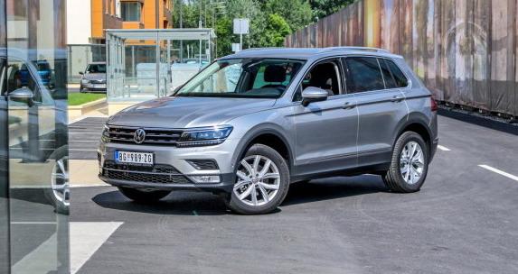 Volkswagen-Tiguan-20-TDI-4MOTION-DSG-Highline-na-testu-Auto-magazina